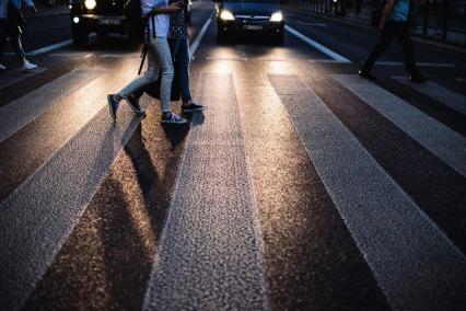 crosswalk-with-backlight-peple-crossing-small