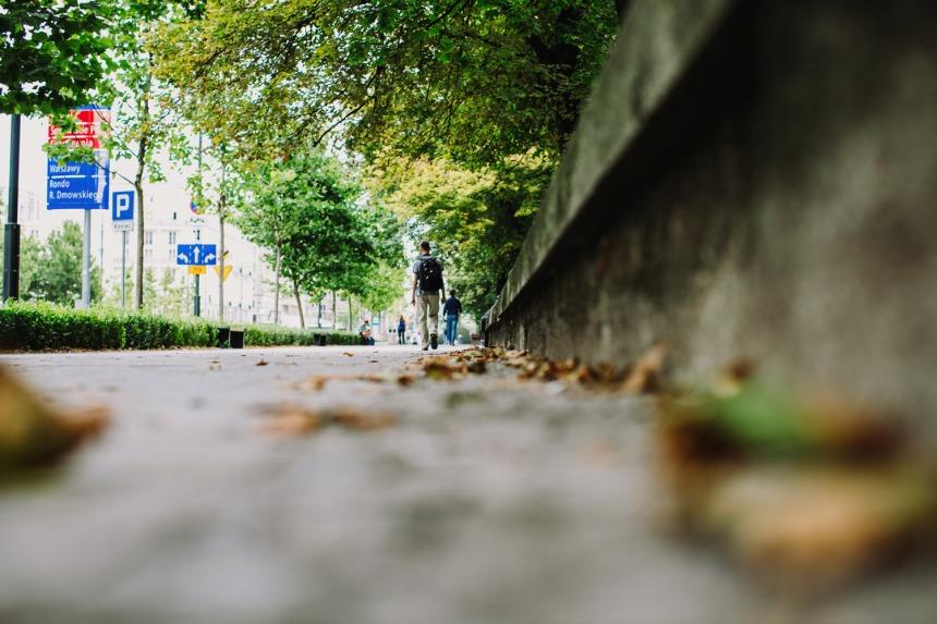sidewalk-ground-level-small