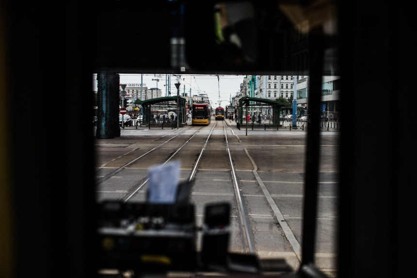 view-fomr-the-tram-driver-cabin-small